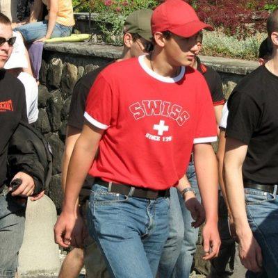 Mitglieder der Kameradschaft Innerschweiz an der Schlachtfeier in Sempach 2008