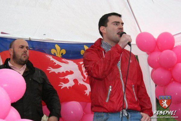 Jean-David Cattin bei seiner Rede in Lyon (F) anlässlich einer Demonstration des Bloc Identitaire.