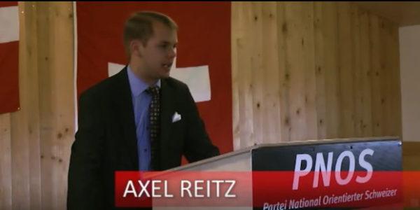 Axel Reitz spricht am Parteitag der PNOS 2011 im Chalet Pilatus LU