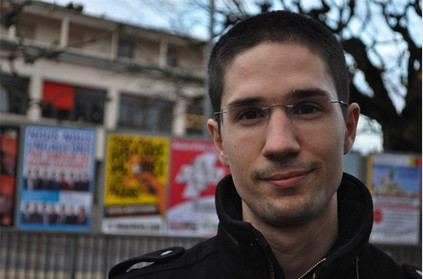 Der Genfer Benjamin Perret, Mitbegründer und Mediensprecher der Jeunes Identitaires Genevois, kandidierte 2011 für den Gemeinderat in Grand-Saconnex