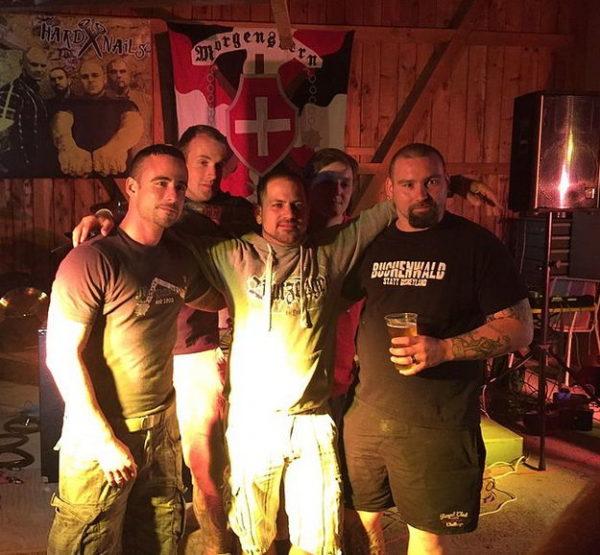 Michael Malnati (l.) mit der Band Hermunduren nach der Schlachtfeier Sempach 2015