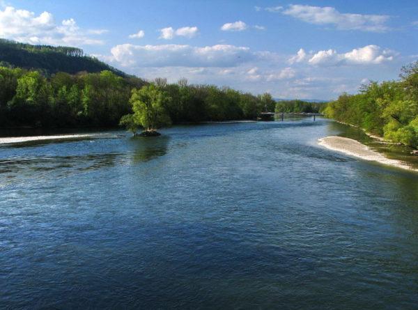 Als «Wasserschloss der Schweiz» wird die Gegend um die Vereinigung der drei Flüsse Aare, Reuss und Limmat bezeichnet.